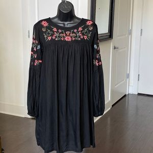 Philosophy Black Flower Embroidery BabyDoll Dress
